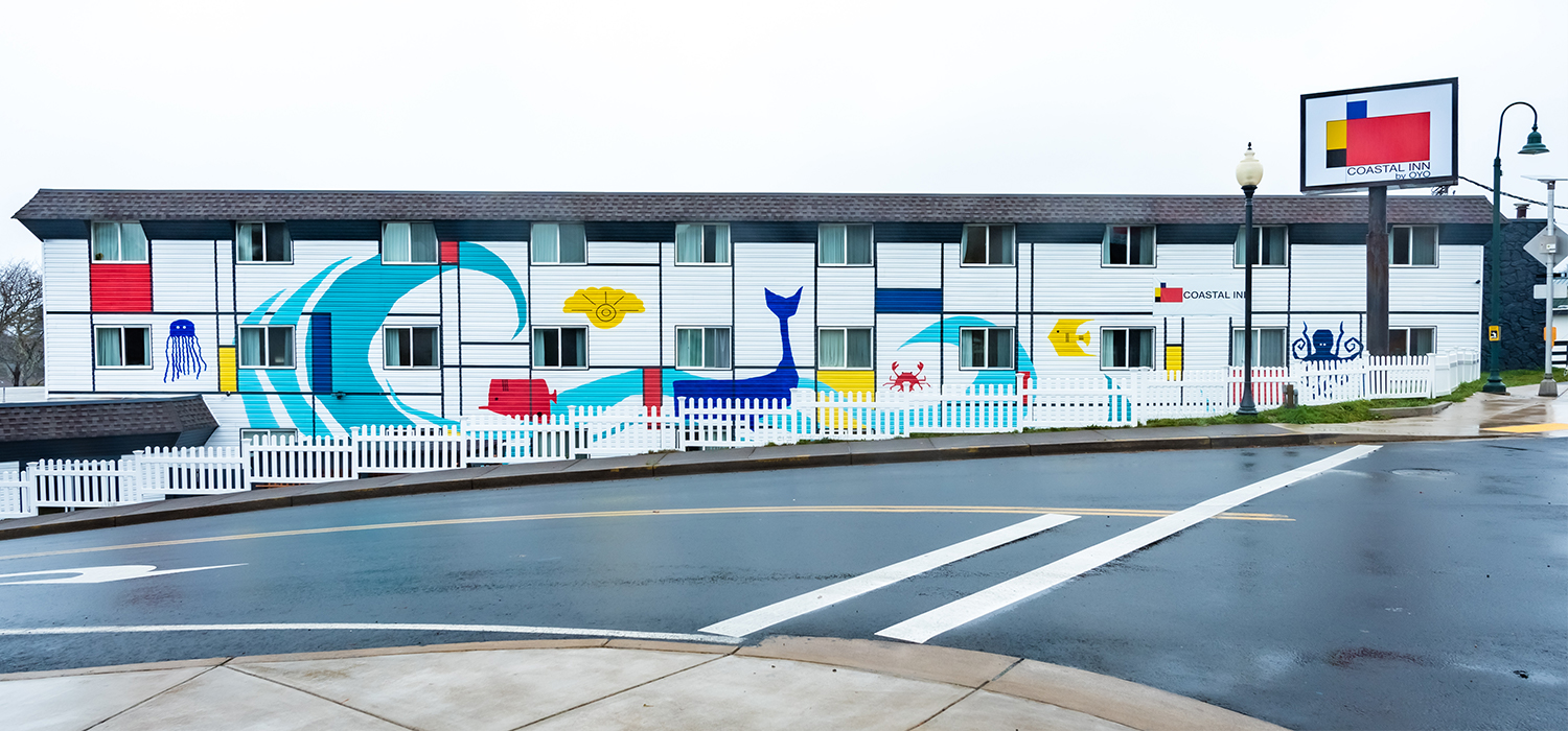 OUR SPACIOUS, CLEAN, AND COMFORTABLE ACCOMMODATIONS OFFER PREMIUM BEDDING AND PLENTY OF AMENITIES